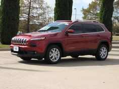 2016-Jeep-Cherokee-Latitude