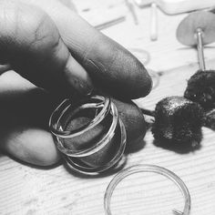 3am nightmare.. Polishing nonstop. #blackhands #dirtyjob #juliatoledojewellery
