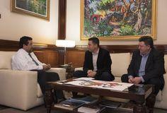 http://www.eltriangulo.es/contenidos/?p=67271 El triángulo » El alcalde de Fuentes de Ayódar, Jordi Lucena Lucas, se reúne con el presidente de la Diputación