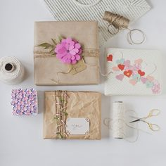 Packaging #gift #wrapping #presents #flowers #garlands #packages