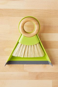 Full Circle Mini Dustpan + Brush Set