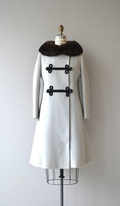 Vintage 1960s very pale grey wool coat with dark brown rabbit fur collar, cord soutache and large sphere buttons, hip pockets and white satin lining. --- M E A S U R E M E N T S --- fits like: small shoulder: 15 bust/chest: 32-37 hip: up to 43 sleeve: 21 length: 37 brand/maker: College Town condition: excellent ★ layaway is available for this item ➸ More vintage coats http://www.etsy.com/shop/DearGolden?section_id=5800175 ➸ Visit the shop http:/&#x...