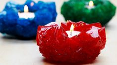 Grow Your Own Crystals aus pet flaschen pilz These Crystal Candles Are Magically Easy To Make Alum Crystals, Borax Crystals, Diy Crystals, Black Crystals, Diy Crystal Growing, Growing Crystals, Diy Candle Holders, Diy Candles, Grow Your Own Crystals
