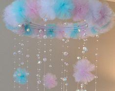 rosa y negro cristal bebé móvil pom pom móvil por JennabooBoutique