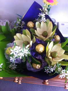 Chocolate flower bouquet ! So cool!