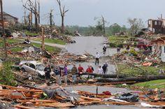 35 Devastating Photos Of The Joplin, Missouri Tornado