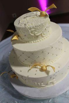 Harry Potter Cake Harry Potter Wedding Cake Gold Snitch Buttercream Wedding Cake