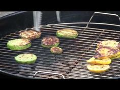 How to Grill Sunburst and Chyote Squash Sunburst Squash, Low Histamine Foods, Mexican Food Recipes, Healthy Recipes, Vegetarian Grilling, Grill Pan, Bbq, Veggies, Meals