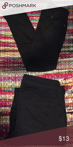 Black Skinny Jeans 97% cotton - 3% spandex || in very good condition Arizona Jean Company Pants Skinny