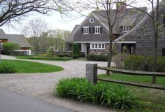 gravel driveway layouts | Charming Country Home Driveways, Natural Driveway Landscaping Ideas