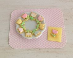 MiniatureTulip Sugar Cookies