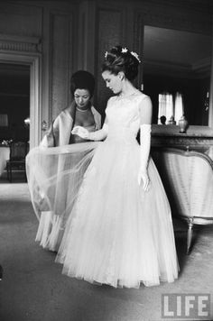 Shirley Temple and her daughter, Linda Susan before her Debutante ball.