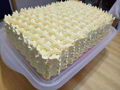 Birthday Sheet Cakes, Birthday Cake, Cooking Gadgets, Cooking Recipes, Rectangle Cake, Square Cakes, Sweet Desserts, Cake Art, Vanilla Cake
