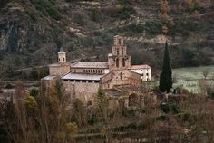 El blog de P.S.: Go!: Horari visites Monestir Gerri de la Sal 2014 Barcelona Cathedral, Spaces, Building, Blog, Travel, Viajes, Buildings, Blogging, Destinations