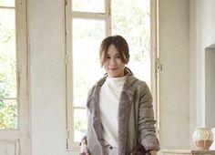 トレンドママコーデSNAP - mamagirl   ママガール Fur Coat, Bomber Jacket, Jackets, Fashion, Moda, Bomber Jackets, Fur Coats, Fasion, Fashion Illustrations