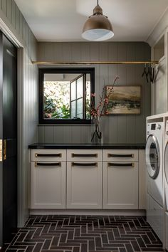 Mudroom Laundry Room, Laundry Room Design, Laundry In Bathroom, Laundry Room Inspiration, Home Upgrades, Elegant Homes, Small Spaces, New Homes, House Design