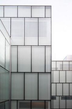 Marvelous Glass Architecture Desin Ideas for Business Office – Best Office Architecture Hotel Design Architecture, Facade Architecture, Glass Office, Glass Facades, Building Facade, Diffused Light, Exterior Doors, Railway Museum, Buildings