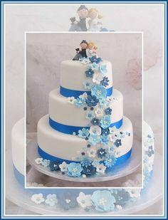 Bruidstaart wit met blauw