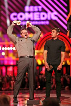 Relive the 9 Best Moments from the 2016 MTV Movie Awards - Seth Rogen Jokes About Zac Efron's Insane New Muscles  - from InStyle.com