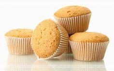 Ciastka na start! Znakomite przepisy tylko na pychotka.pl! Mufinki bananowe. Przepis zawiera:banany, jogurt, mąkę. Food And Drink, Cupcakes, Breakfast, Recipes, Morning Coffee, Cupcake Cakes, Ripped Recipes, Cooking Recipes, Muffin