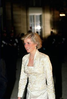 2,394 Princess Diana White Photos and Premium High Res Pictures Princess Diana Images, Princess Of Wales, Banquet, Victor Edelstein, Elysee Palace, White Beaded Dress, Diane, White Picture, Lady Diana