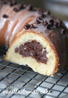 Fudge Filled Vanilla Bundt Cake. Super fudgy cream cheese filling inside a delicious vanilla bundt!