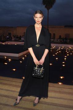 Karlie Kloss attends the Christian Dior Couture Cruise. Dior Fashion, Couture Fashion, Fashion Models, Fashion Show, Sheer Chiffon, Chiffon Dress, Marrakech, Karlie Kloss Style, Pixie Geldof