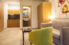 One bedroomed apartment @ Anemos Rooms Nafplion Double Room, Relax, Rooms, Furniture, Home Decor, Bedrooms, Decoration Home, Room Decor, Home Furnishings
