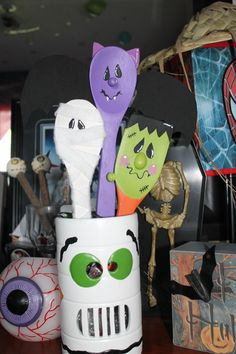 easy project for 10 and under to do.  From the Dollar store Buy; 2 wooden spoons 1 wooden spatula white acrylic pain purple acrylic paint  black acrylic paint red acrylic paint orange acrylic paint purple,black foam paper package of round wooden dots(for the nose)  black permanent marker. Have fun