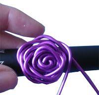 DIY Cocoa Abalorios: Anillo rosa de alambre