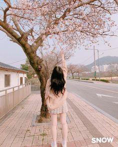 HONEYSWEETKISS Korean Girl Photo, Korean Girl Fashion, Cute Korean Girl, Ulzzang Fashion, Asian Girl, Korean Aesthetic, Aesthetic Girl, Girl Pictures, Girl Photos