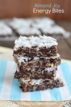 Almond Joy Granola Bars- easy no bake granola bars filled with almond ...