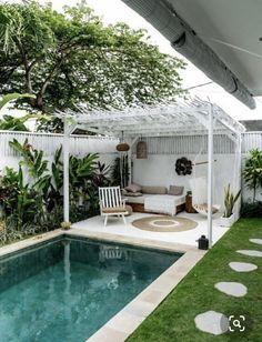 Small Backyard Design, Small Backyard Pools, Backyard Patio Designs, Outdoor Pool, Backyard Ideas Pool, Pergola Ideas, Backyard Pool Landscaping, Small Backyards, Small Inground Pool