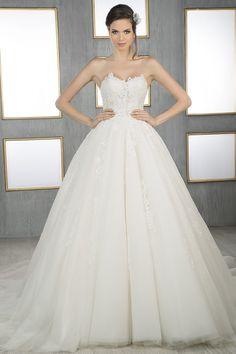 Modelo Quest  #NoviaEssence #Essence #WeddingDress #Wedding #Bride #Boda #Novia #Fashion #Sueño