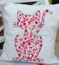 Cat appliqué cut with scanncuthttp://knoxvillewholesalefurniture.com/wp-content/uploads/2017/08/YouGetItAll-Instagram.jpg
