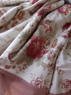 NorFolk Rose Waverly Garden Room Curtain Valance * Cranberry Cream Green * Cabbage Roses w Country Checks* French Country cottage* 1 Topper