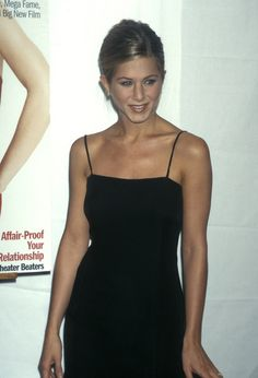 Jennifer Aniston en slip dress en 1997