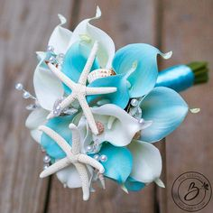 Four Fun and Beautiful Beach Wedding Reception Decor Ideas – Bridezilla Flowers Small Bridal Bouquets, Beach Wedding Bouquets, Wedding Flower Guide, Beach Wedding Centerpieces, Diy Wedding Bouquet, Turquoise Wedding Bouquets, Beach Wedding Boutonniere, Wedding Ideas, White Bouquets