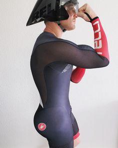 ❤️ Cycling Lycra, Cycling Wear, Cycling Outfit, Hunks Men, Hot Hunks, Lycra Men, Lycra Spandex, Triathlon Gear, Athletic Supporter
