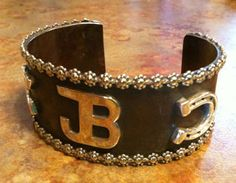 Personalise with your own brand!  What a great idea - love it!  Go to:  SJ Cattle & Creations - Cattle Jewelry