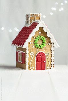 Gingerbread house by Ruth Black - Gingerbread house, Gingerbread - Stocksy United Gingerbread House Template, Cool Gingerbread Houses, Gingerbread House Parties, Christmas Gingerbread House, Noel Christmas, Christmas Treats, Christmas Baking, Gingerbread Cookies, Christmas Cookies