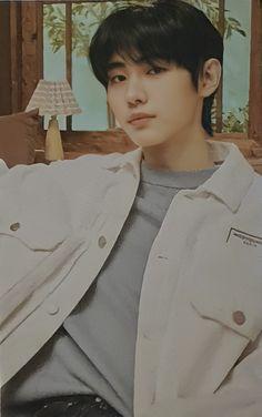 Kim Sun, Photo Sketch, Fandom, Sung Hoon, Doja Cat, Asian Boys, Kpop Boy, Kpop Groups, Bts Boys