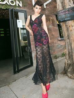 Alluring Black Floral Print Sheer Lace V-Neck Maxi Dress - Milanoo.com