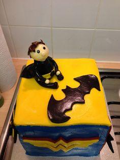 Superhero justice league cube cake