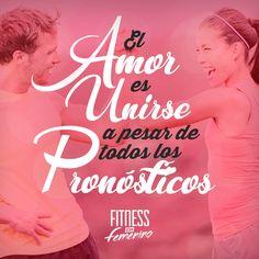 El amor es unirse a pesar de todos los pronósticos. Fitness en femenino. Stay Strong, Motivational, Gym, Movie Posters, Amor, Female Fitness, Feminine, Goals, Motivational Quotes
