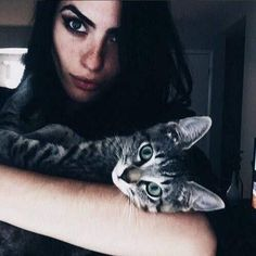 Image shared by Bárbɑrɑ V. Find images and videos about cat, witch and segovia amil on We Heart It - the app to get lost in what you love. Segovia Amil, Crazy Cat Lady, Crazy Cats, Pet Raven, Dark Beauty, Models, Beautiful Cats, Beautiful Creatures, The Magicians