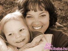 együtt anya és lánya