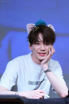 U Kiss, Kpop Boy, Kpop Groups, K Idols, Ikon, Cute Hairstyles, The Unit, Celebrities, Boys