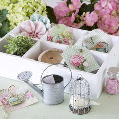 Seus materiais lindos e organizados com produtos Tilda!