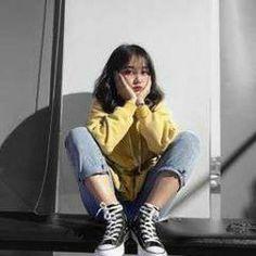 Korean Street Fashion, Korea Fashion, Girl Fashion, Fashion Outfits, Fashion Trends, Cute Korean Girl, Asian Girl, Moda Ulzzang, Korean Photo